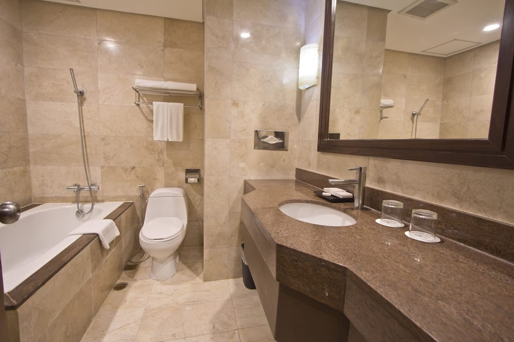 Suite, Corner - Bilik mandi