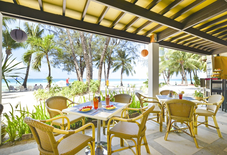 Le Soleil De Boracay, Boracay Island, Vakarienės lauke