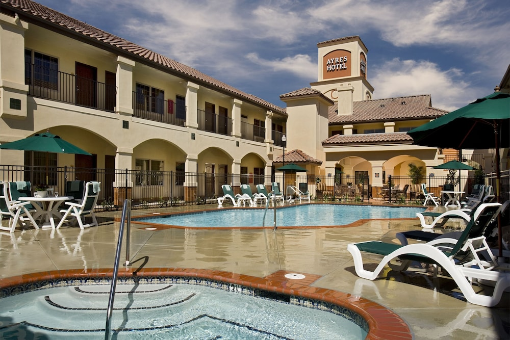 Ayres Hotel Redlands Outdoor Pool