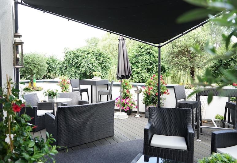 Villahotel Rheinblick, Cologne, Verönd/bakgarður
