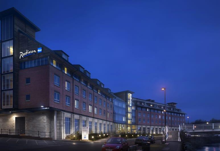 Radisson BLU Hotel Durham, Durham, Hotel Front – Evening/Night