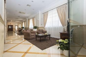 Introduce las fechas para ver los descuentos de hoteles en Noci