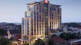 Pilih hotel bintang tiga di Semarang