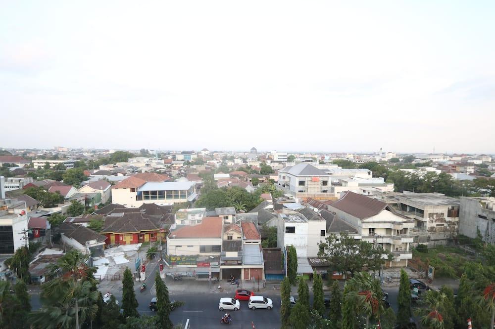 Standardrum - 1 queensize-säng - Utsikt mot staden