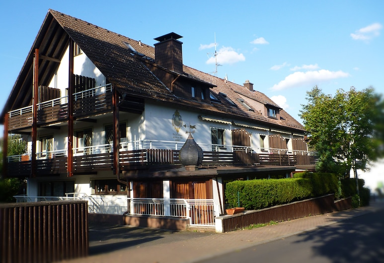 Waldhotel Kelkheim, Kelkheim, Udvar
