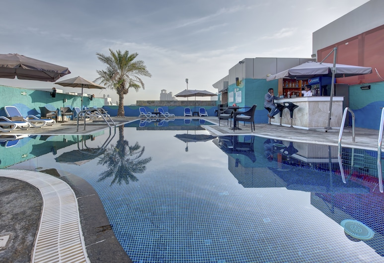 Donatello Hotel, Dubai, Rooftop Pool