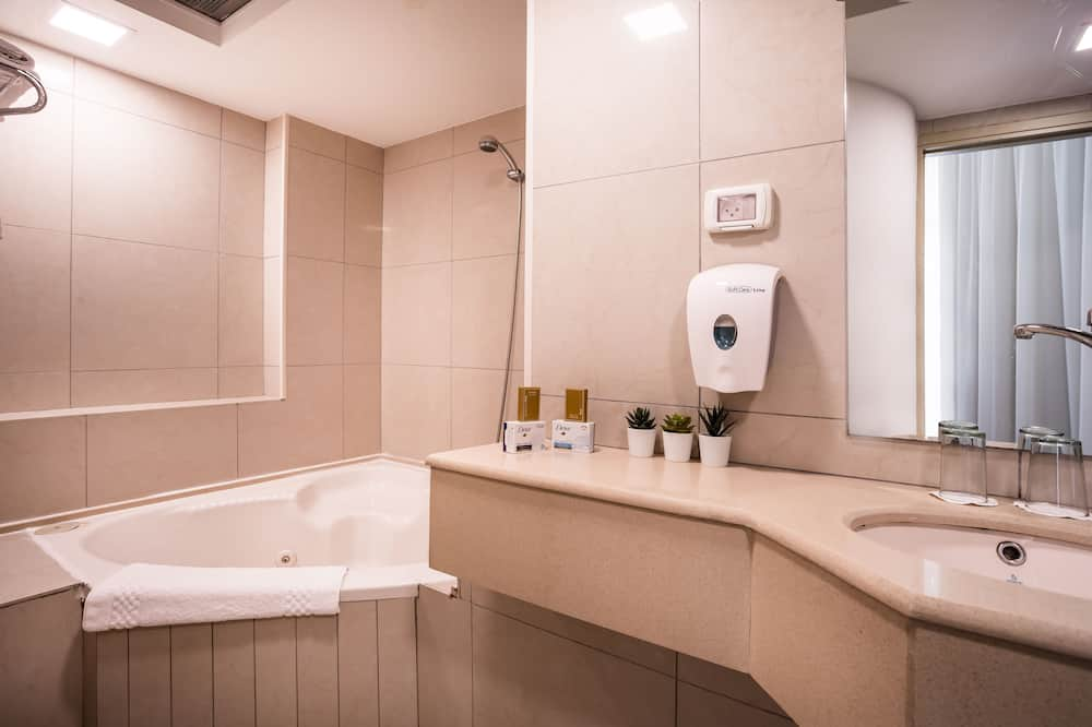 Lakosztály - Fürdőszoba