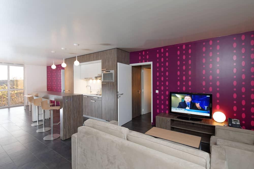 Comfort Family Apartment (70m²) - Living Room