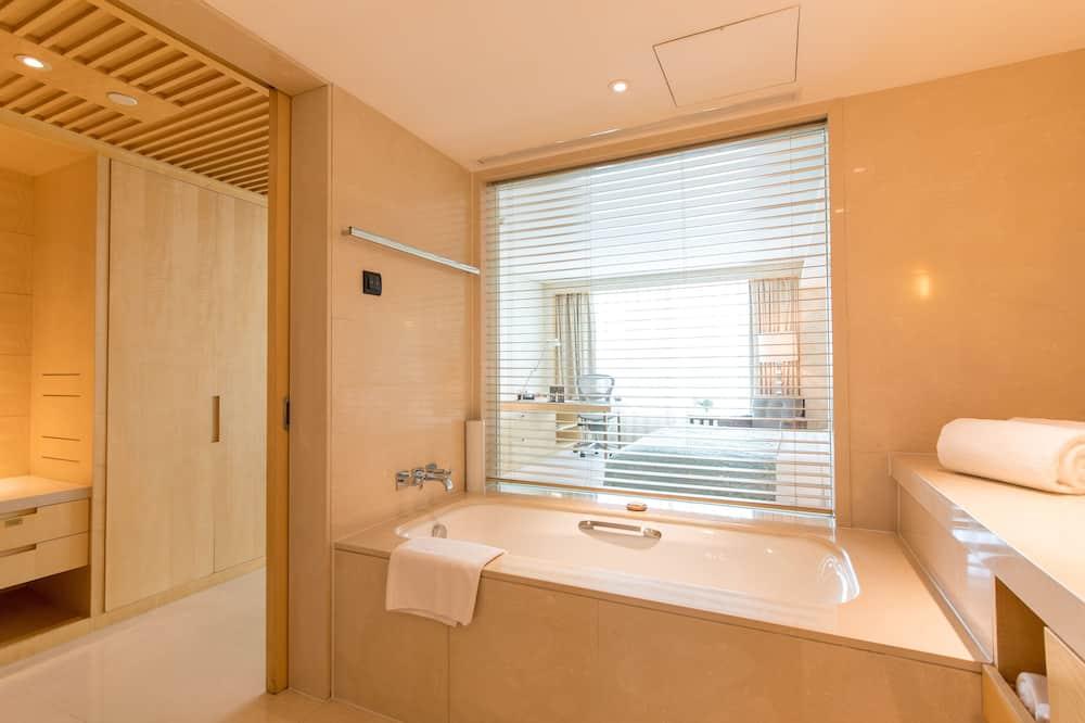 Izba typu Deluxe, 1 extra veľké dvojlôžko - Kúpeľňa