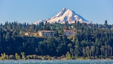 Hotels in Hood River,Hood River Accommodation,Online Hood River Hotel Reservations