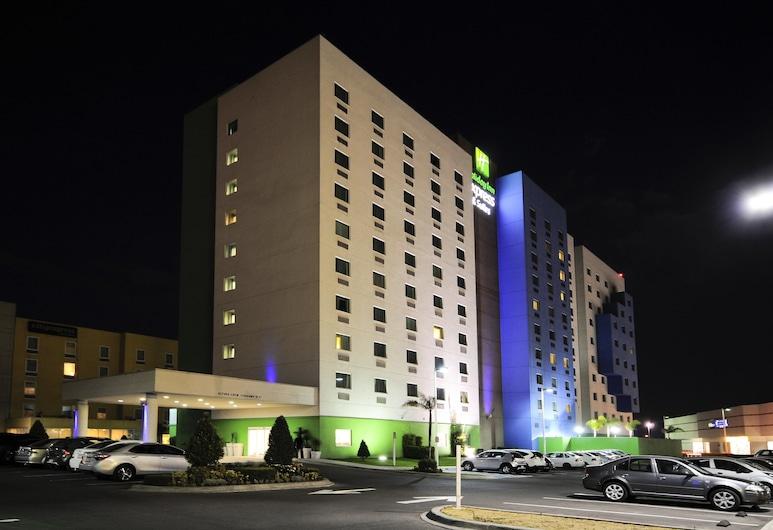 Holiday Inn Express Toluca Zona Aeropuerto, Toluca, Exteriér