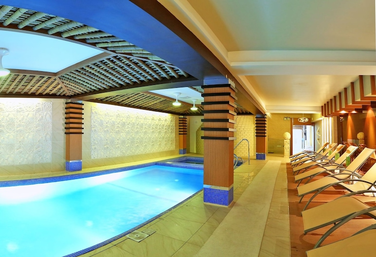 Diplomat Hotel & Business Center, Nur-Sultan, Piscina cubierta
