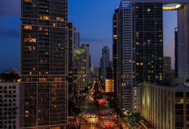 Kimpton EPIC Hotel, Miami, Premier-rum - 2 dubbelsängar - utsikt mot staden (Epic 29), Gästrum