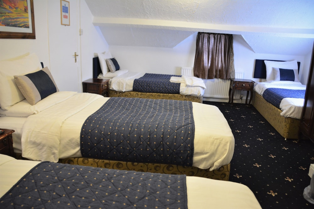 Crown Lodge Guest House, Reading
