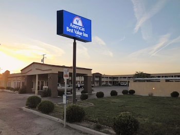 Picture of Americas Best Value Inn in Hanford