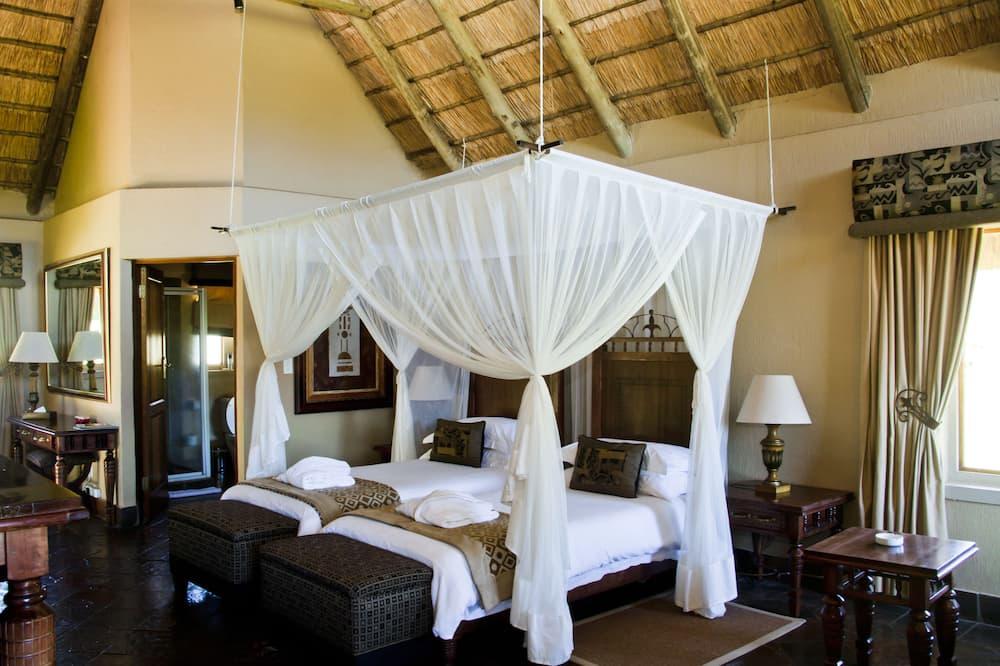 Luxury Room (Hanglip Mountain) - Living Area