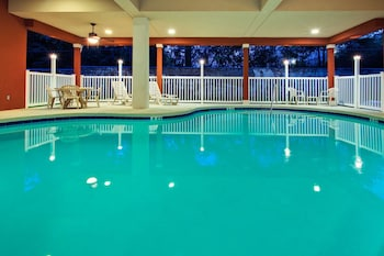 Picture of Country Inn & Suites by Radisson, Tallahassee Northwest I-10, FL in Tallahassee