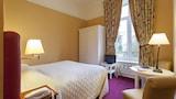 Sully hotel photo