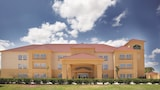 Choose This Business Hotel in Port Lavaca -  - Online Room Reservations