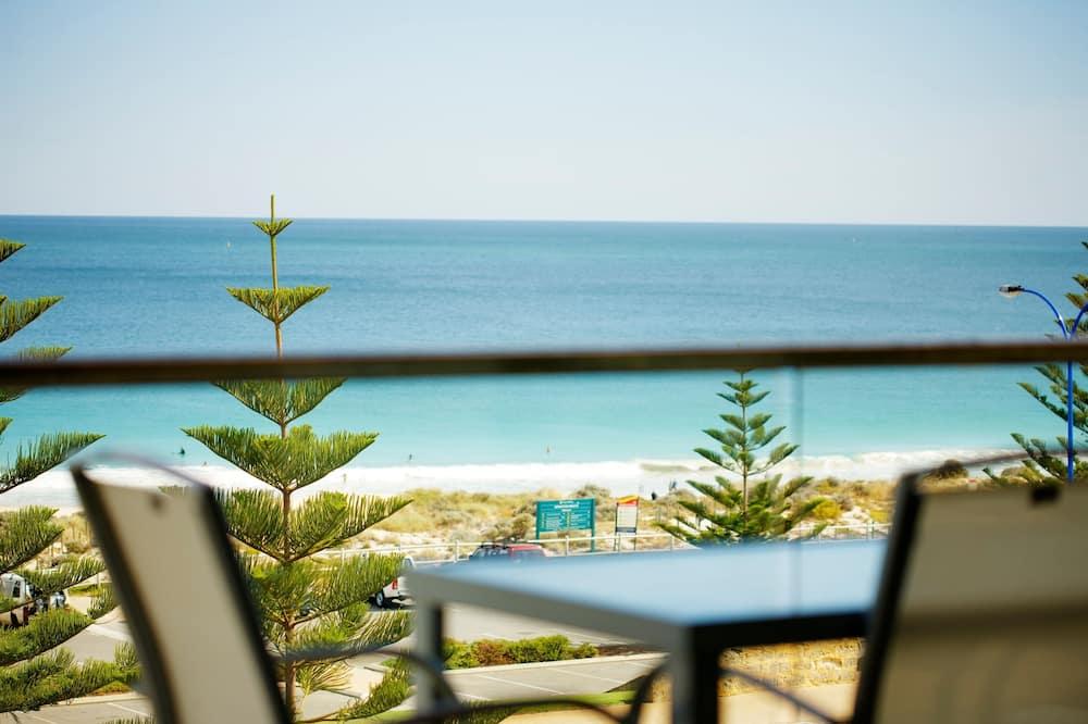 Sandcastles Three Bedroom Apartment - Balcony