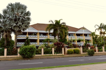Picture of Waterfront Terraces in Cairns North