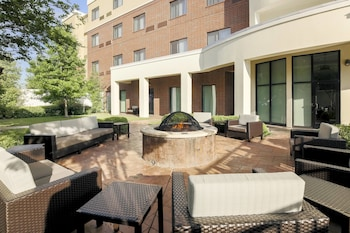 תמונה של Courtyard by Marriott Dallas Arlington South בארלינגטון