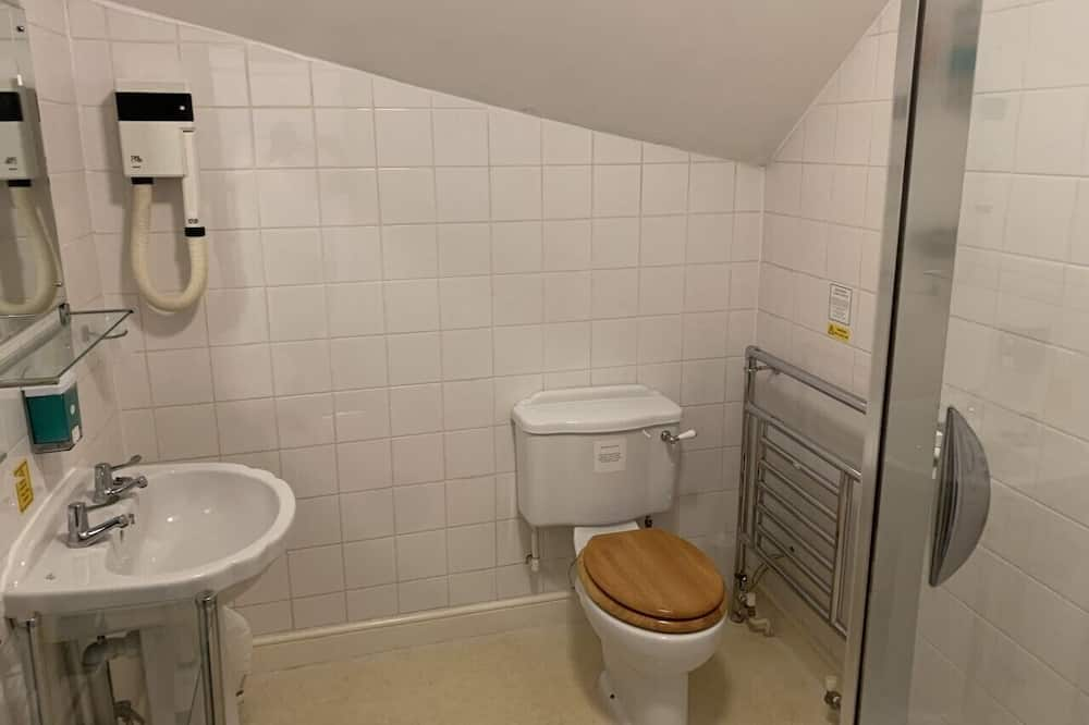 Habitación individual básica, baño privado, vista al patio - Baño
