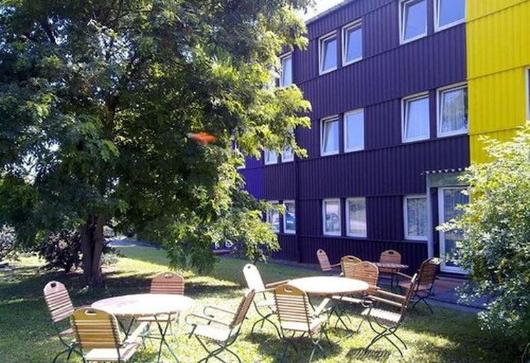 Hotel B1, Berlin, BBQ/Picnic Area