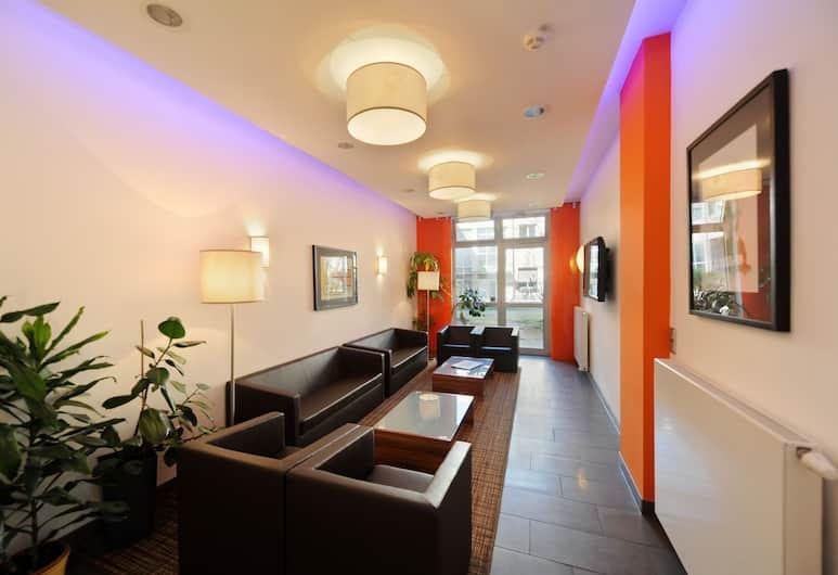 Vi Vadi Hotel downtown munich, Múnich, Sala de estar en el lobby
