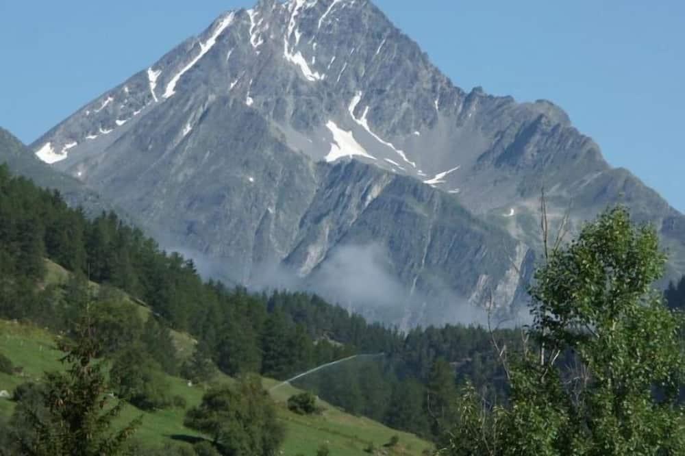 Junior Süit, Balkon, Dağ Manzaralı - Dağ Manzaralı