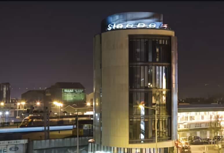 Sleeperz Hotel Cardiff, Cardiff, Hotel Front