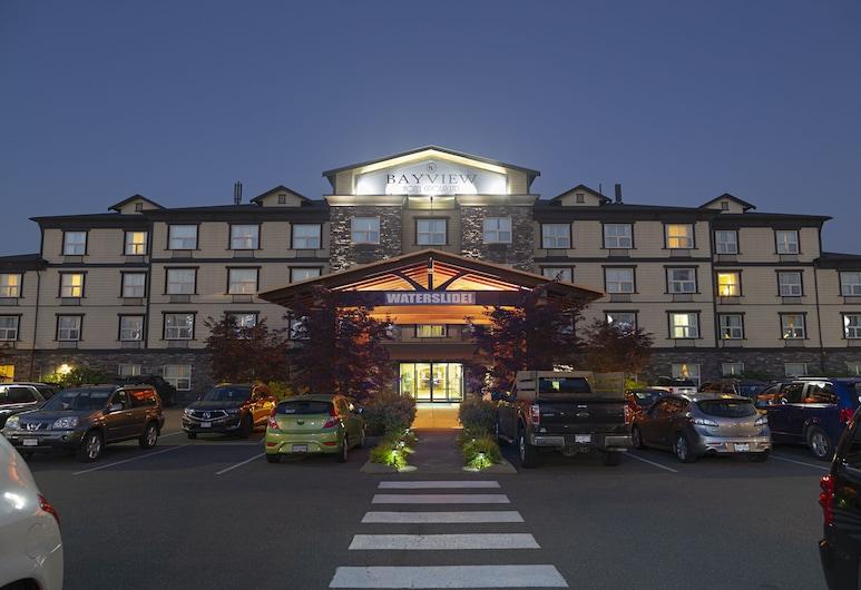 Bayview Hotel, Courtenay, Fasada hotelu