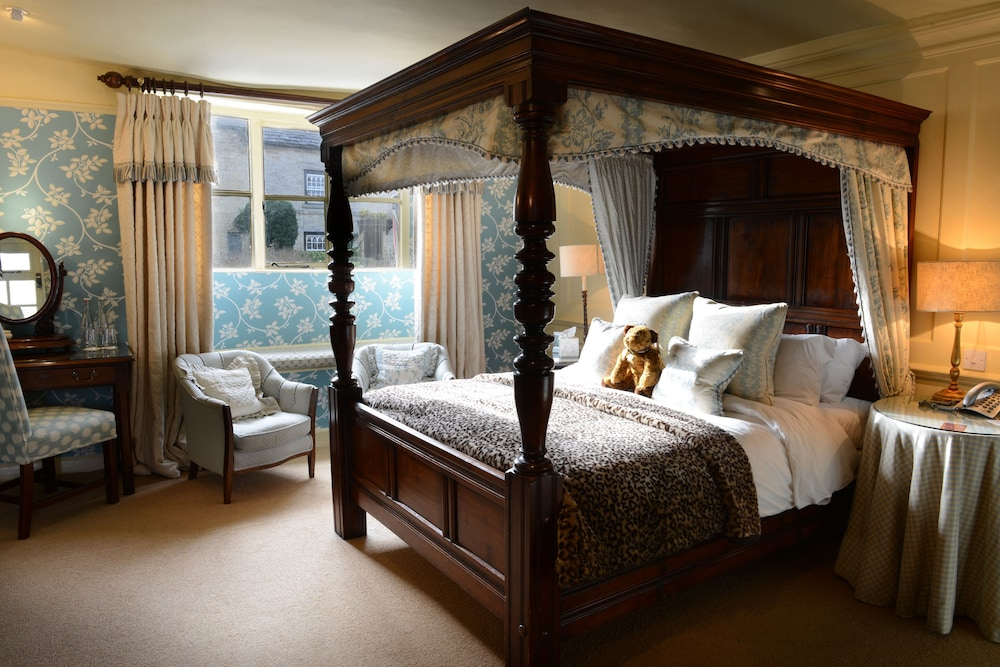 The Lamb Inn Burford Double Room Four Poster Guest