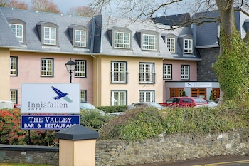 Enter your dates to get the best Killarney hotel deal