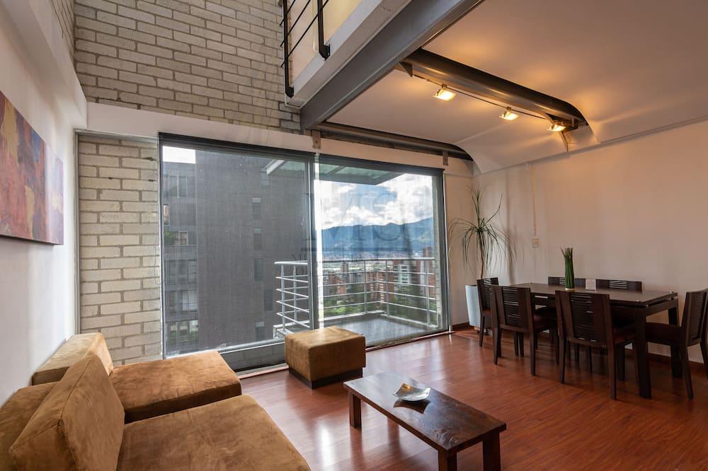 Апартаменты «Премиум», 2 спальни - Зона гостиной