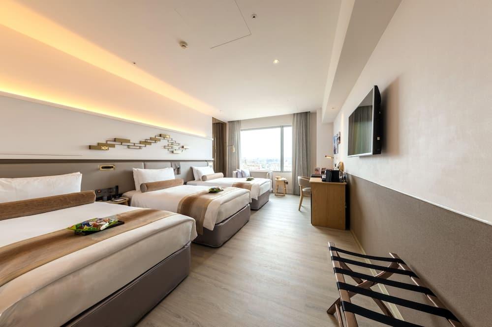 익스클루시브 트리플룸, 침대(여러 개), 시내 전망 - 객실 전망