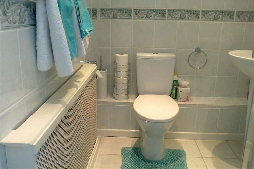 Twin Ensuite - Bathroom