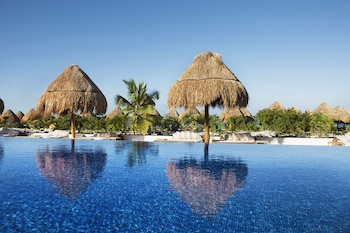 Enter your dates to get the Playa Mujeres hotel deal
