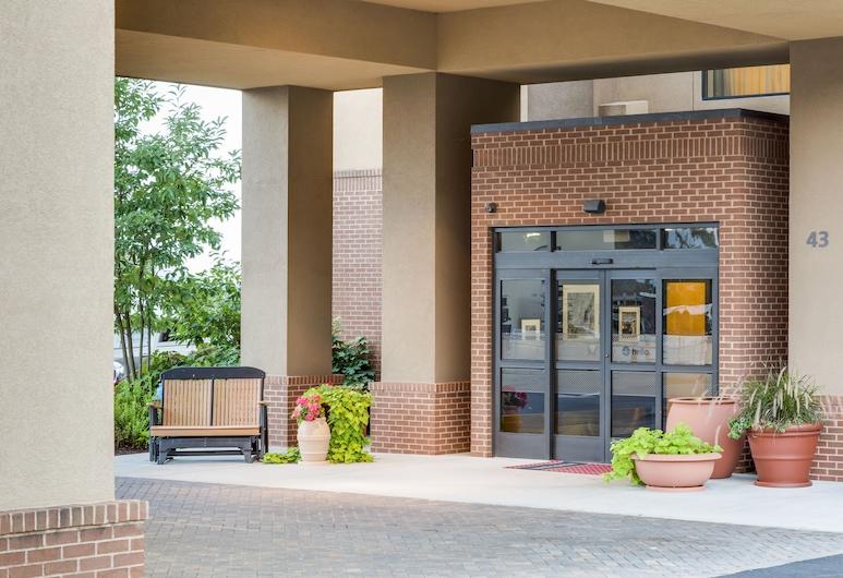 Hampton Inn Harrisonburg South, Harrisonburg, Hotel Entrance
