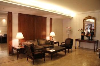 Hình ảnh Napoleon Hotel tại Beirut