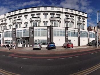Picture of The President Hotel in Blackpool