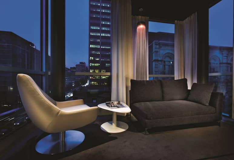Hotel Zero 1, Montreal