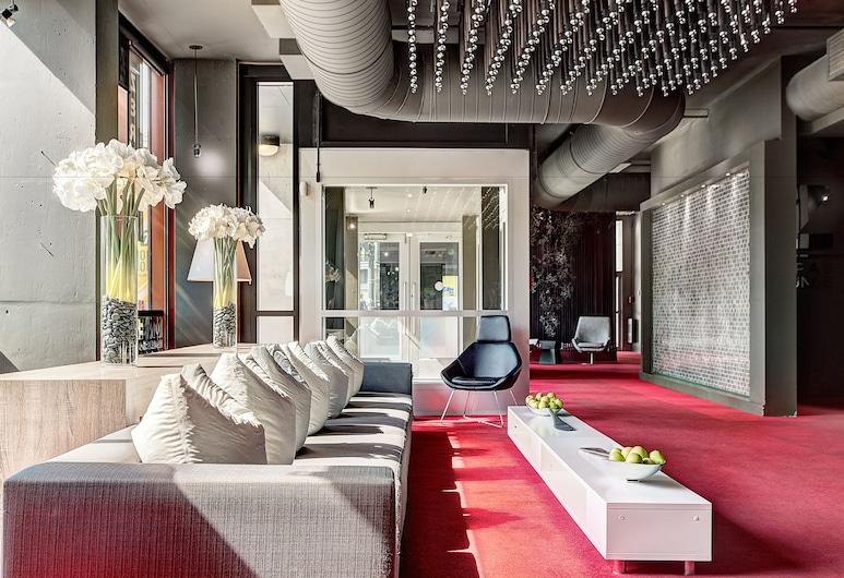 Hotel Zero 1, Montréal, Hall