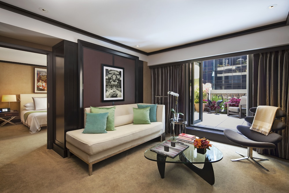 Book the chatwal a luxury collection hotel new york city for The luxury collection hotel