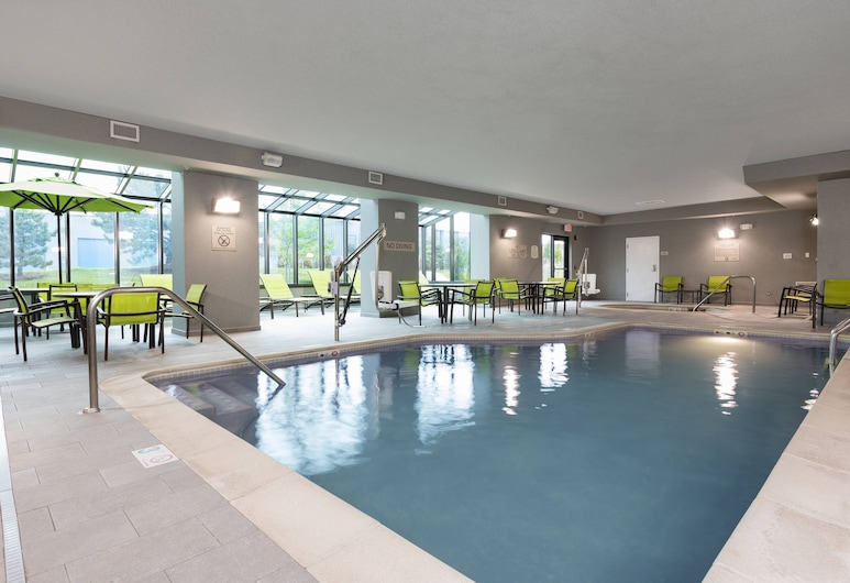底特律奧本山山泉酒店, 奥伯恩丘, 室內泳池