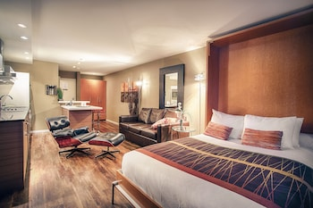Picture of Nuvo Hotel Suites in Calgary