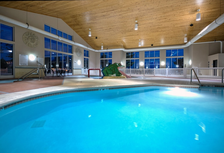 Holiday Inn Express & Suites Green Bay East, Green Bay, Piscina