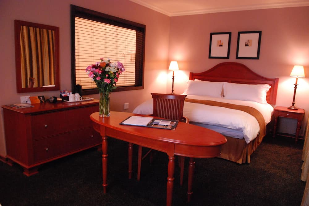 Universal Access - Guest Room