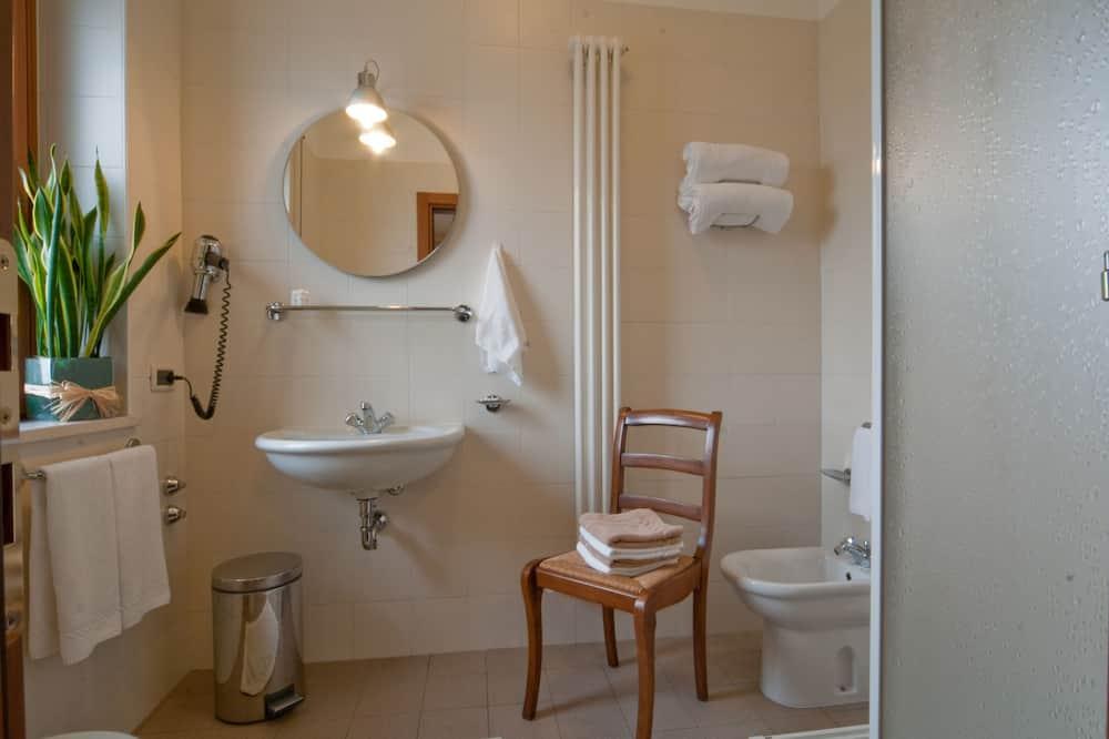 Double Room Single Occupancy - Fürdőszoba