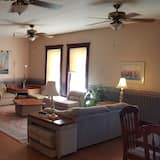 Comfort Suite, 2 Bedrooms, Kitchen, Lake View - Ruang Tamu